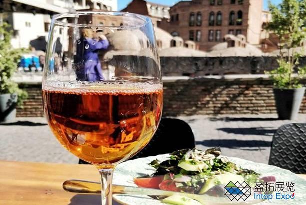 格鲁吉亚葡萄酒和烈酒.jpg