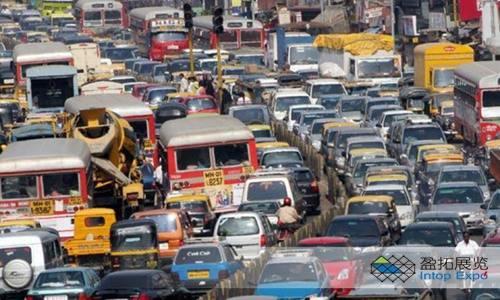 印度汽车韦德国际娱乐寻求大胆的财政措施以恢复增长1.jpg