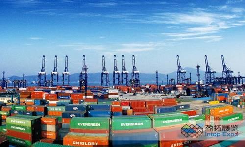 迪拜的目标是到2025年达到2万亿迪拉姆的非石油贸易1.jpg