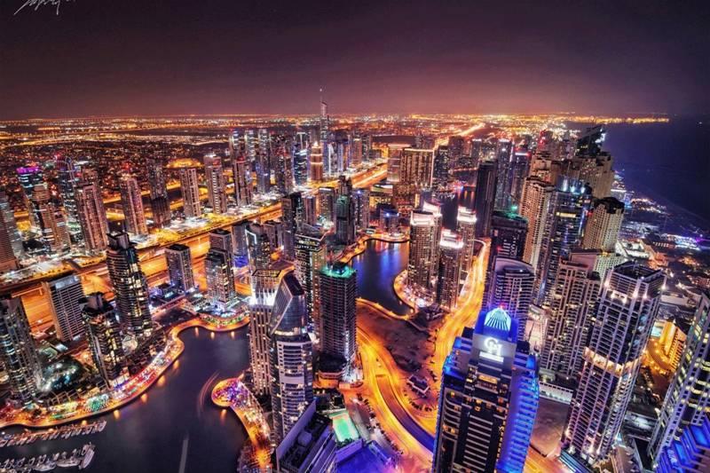 迪拜秋季地鋪展.jpg